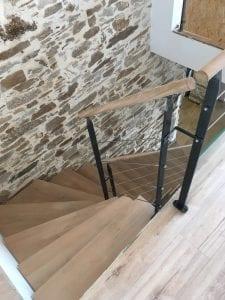 escalier quart tournant avec limon central
