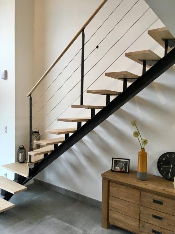 escalier limon IPN et rambarde avec câbles inox